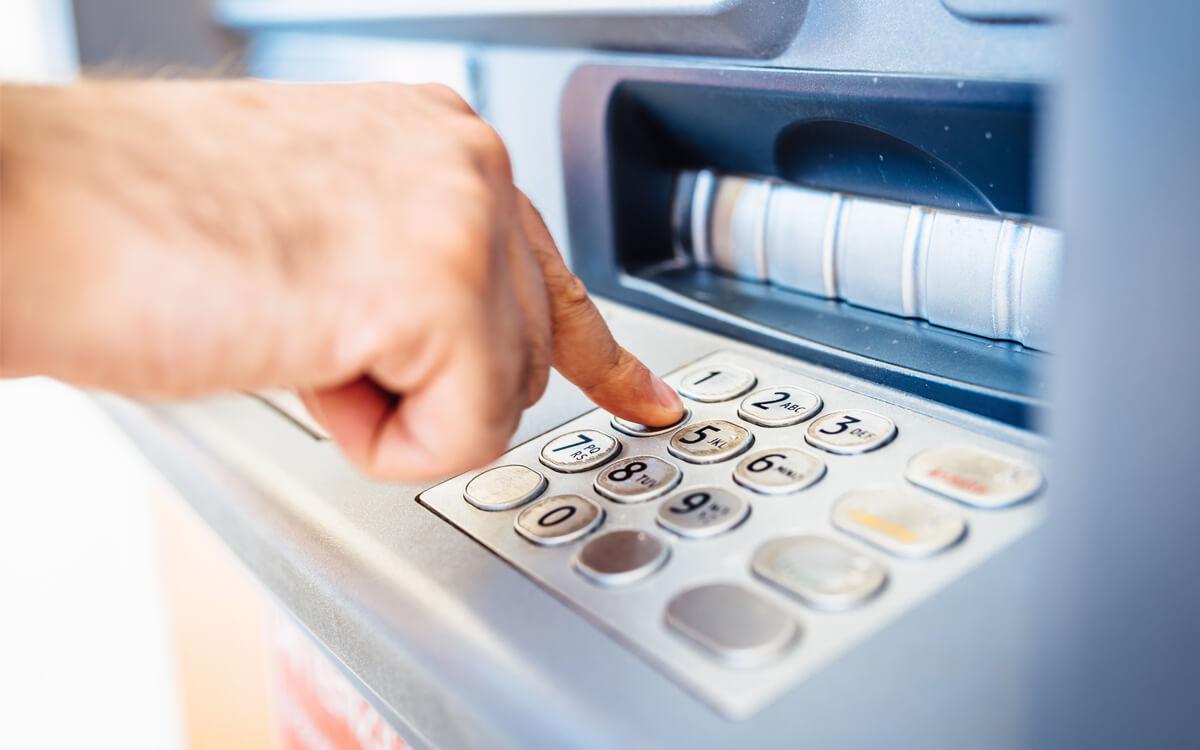 PIN-Pad am Geldautomat