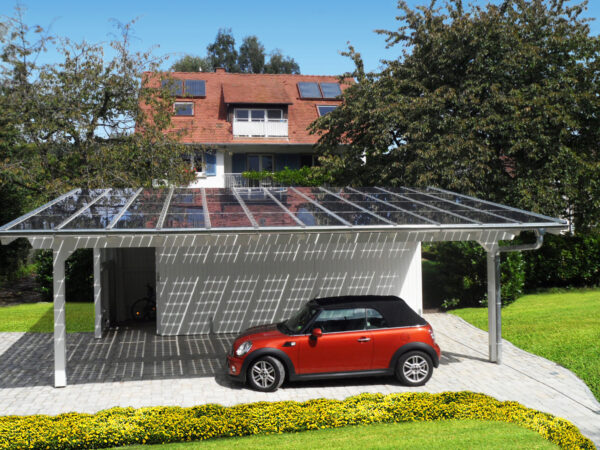 <p>Wer die Sonne sinnvoll nutzt und auf erneuerbare Energien setzt, wird gefördert<br> Bild Nr. 6255, Quelle: www.solarcarporte.de/BHW Bausparkasse</p>