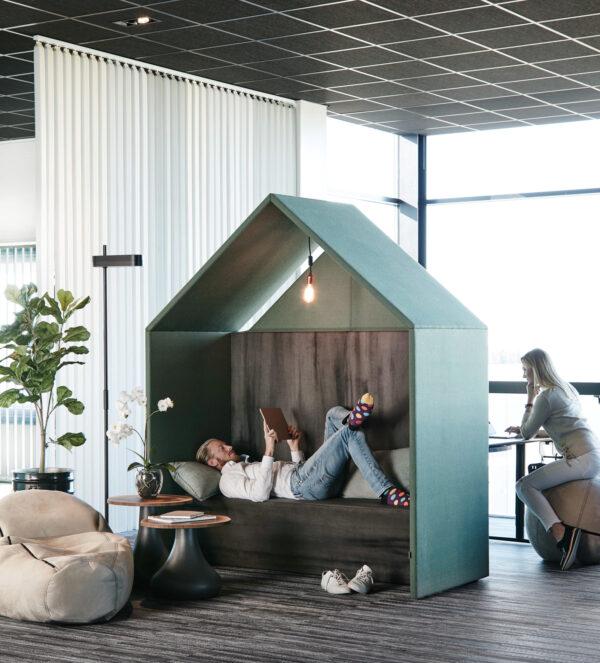<p>Auch bei offenen Grundrissen lassen sich Rückzugsräume schaffen, damit sich alle wohlfühlen<br> Bild Nr. 6311, Quelle: Götessons/BHW Bausparkasse</p>
