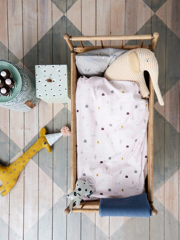 <p>Ein Raum zum Spielen, Lernen, Entspannen<br> Bild Nr. 6317, Quelle: Oyoy/BHW Bausparkasse</p>