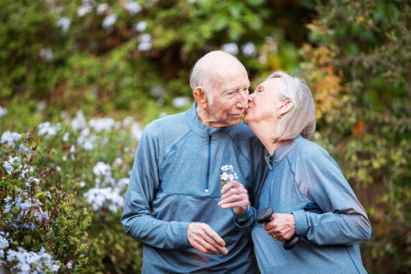 <p>Über 80-Jährige bewerten ihre finanzielle Situation deutlich besser als jüngere Rentner<br> Bild Nr. 1500, Quelle: Postbank<br> © Scott Griessel</p>