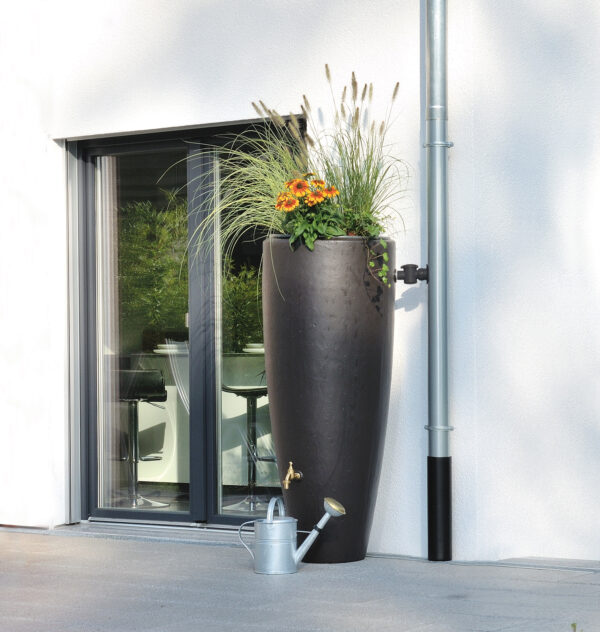 Schön und praktisch: Regenwasser für Gartenfans Bild Nr. 6245, Quelle: Otto GRAF GmbH/BHW Bausparkasse