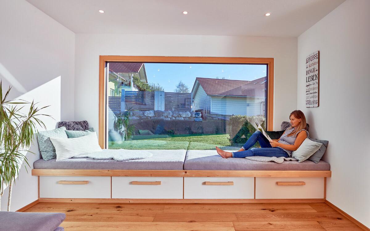 Holzfenster schaffen ein behagliches Wohnklima