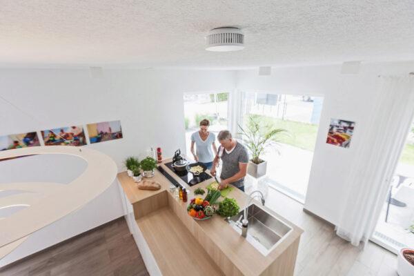 Smarte Rauchmelder können in der Küche zwischen Wasserdampf und Rauch unterscheiden Bild Nr. 6278, Quelle: © ABUS August Bremicker Söhne KG /BHW Bausparkasse