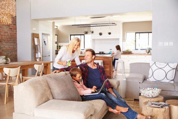 Energieberatung und Fördermittel verhelfen Eigentümern zu noch wohnlicheren Häusern Bild Nr. 6301, Quelle: Monkey Business, 84166598, Adobe Stock/BHW Bausparkasse