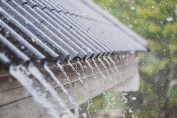 Regen kann im Haushalt jährlich 60 Kubikmeter Trinkwasser ersetzen Bild Nr. 6329, Quelle: Vatit.t, 55574943, Adobe Stock/BHW Bausparkasse