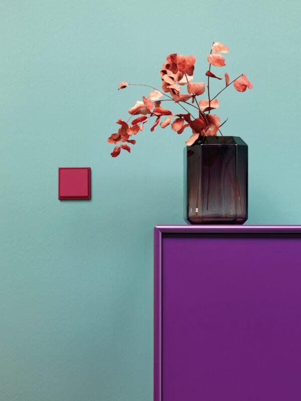 Lichtschalter als edler Farbklecks Bild Nr. 6337, Quelle: JUNG.DE/BHW Bausparkasse