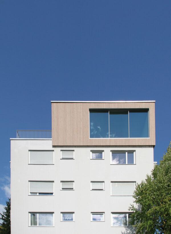 Aufgestockt: Penthouse auf einem Haus von 1960 Bild Nr. 6355, Quelle: Koenig Architekten AG/BHW Bausparkasse