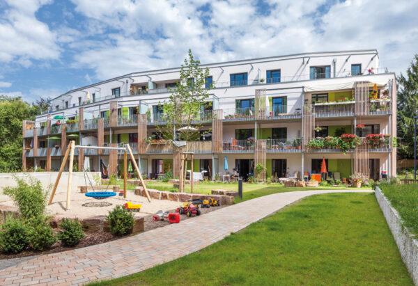 Baugemeinschaft in Hamburg, schönes Wohnen für Alt und Jung Bild Nr. 6356, Quelle: juergen_schmidt_fotografie.de/BHW Bausparkasse