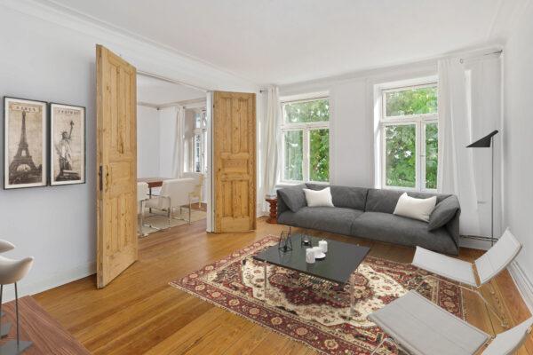 Vorher – nachher: Die Möbel wurden nachträglich am Computer ins Foto eingefügt Bild Nr. 6361, Quelle: Architekturfotografie Bach/BHW Bausparkasse