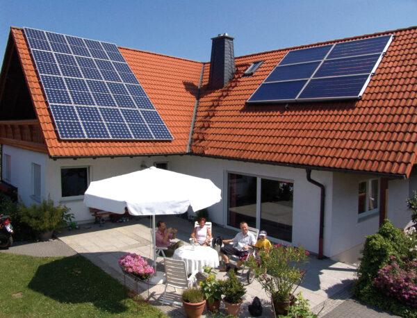 Das neue Klimaschutzpaket fördert Energiesparer mit Zuschüssen Bild Nr. 6389, Quelle: Wagner Solar/BHW Bausparkasse