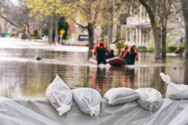 Bevor der Starkregen kommt, sollten Hausbesitzer vorsorgen