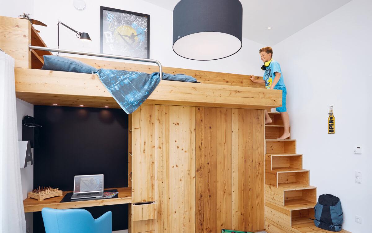Jetzt geht's nach oben: Clevere Einbauten schaffen viel Platz