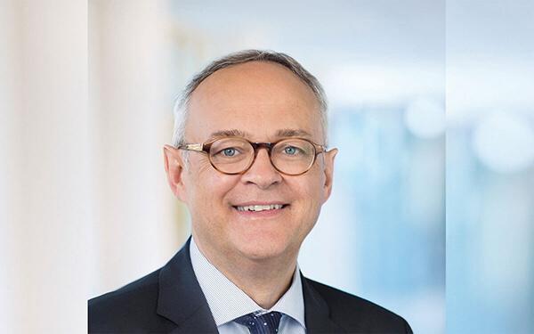 Henning Göbel ist Vorstandsvorsitzender der BHW Bausparkasse