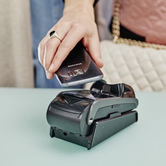 Mobiles Bezahlen – jetzt auch mit dem Postbank Finanzassistenten