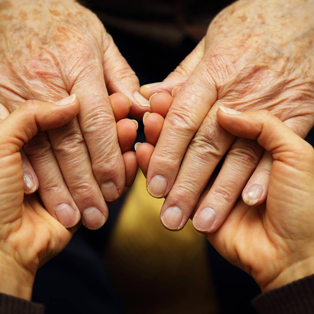 Häusliche Pflege durch Angehörige – der größte Pflegedienst des Landes